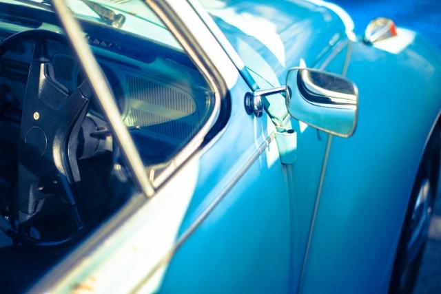 古い車の買取